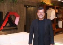 Celsinho Cotrim marca presença em lançamento do Anota Bahia