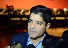 Prefeito sanciona lei que pune homofobia em estabelecimentos em Salvador