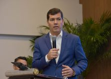 Cláudio Tinoco anuncia saída da Secult para buscar reeleição em 2020