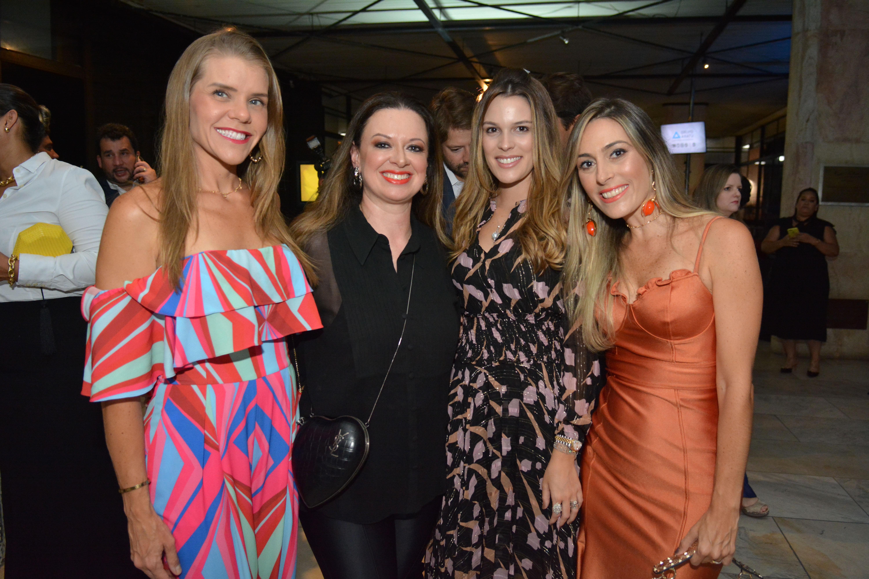 Andrea Brito, Isabela Suarez, Stephanie Mattos e Renata Pessoa