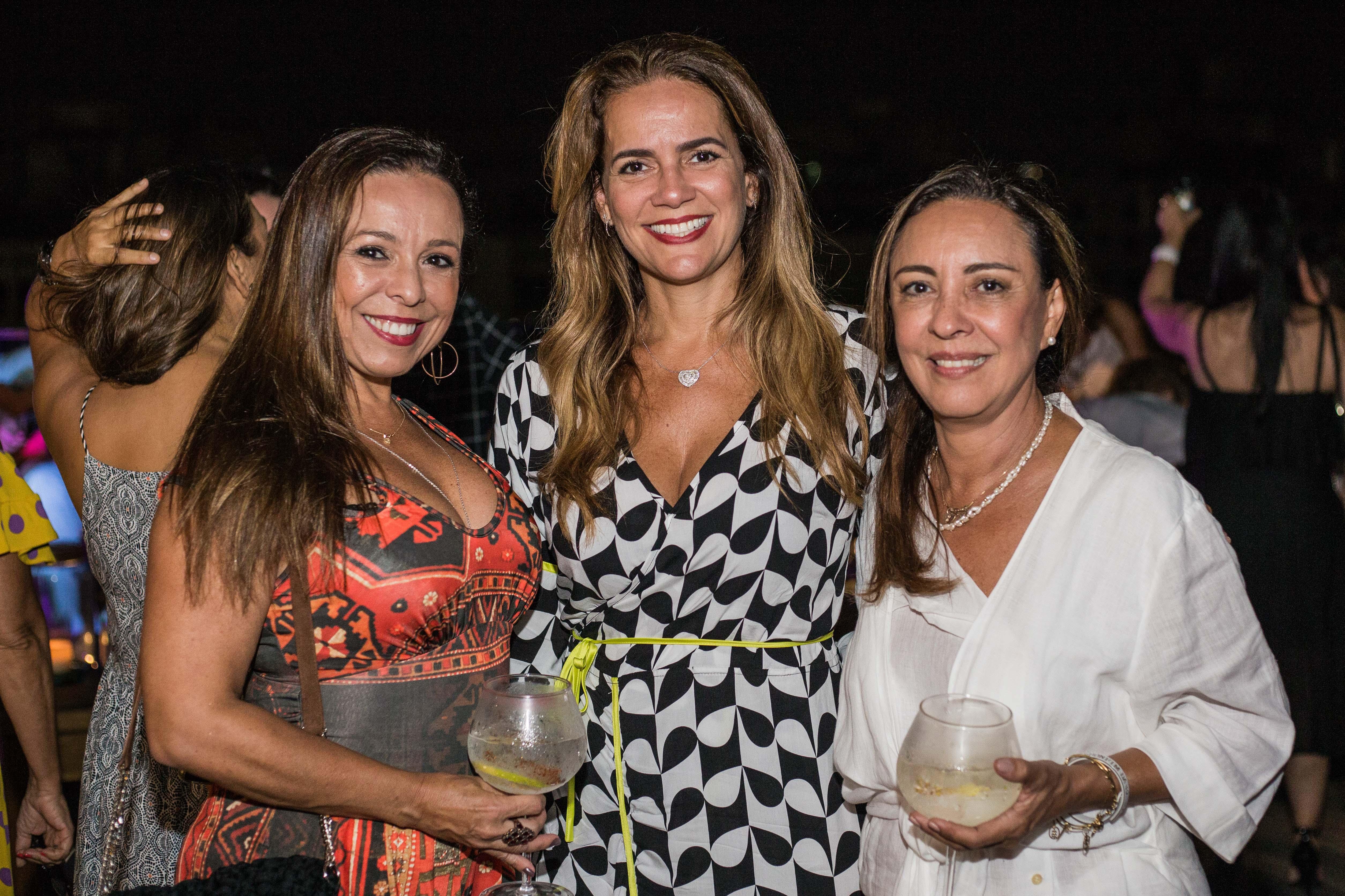 Andrea Assis, Luciana Ramos e Olivia Cavalcante