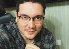 Edgard Abbehusen – escritor tem buscado explorar plataformas além da internet