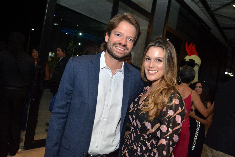 Gabriel Suarez e Stephanie Mattos