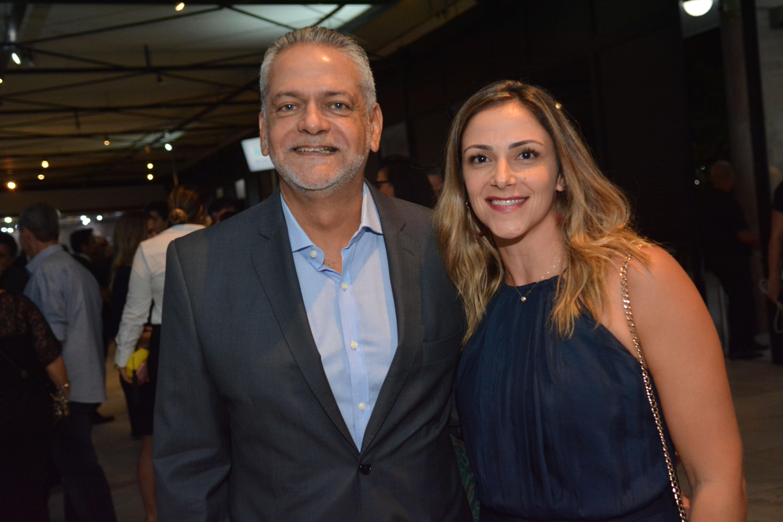 Isaac Edington e Thaís Bahia