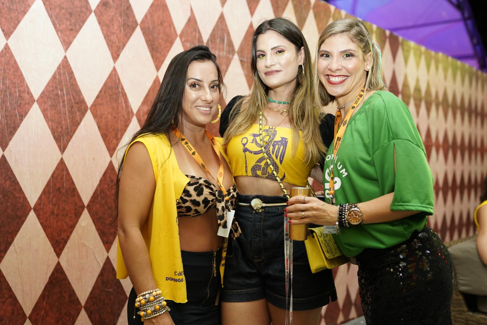 Camila Pedrosa, Shanti Lua e Fabiana Marques