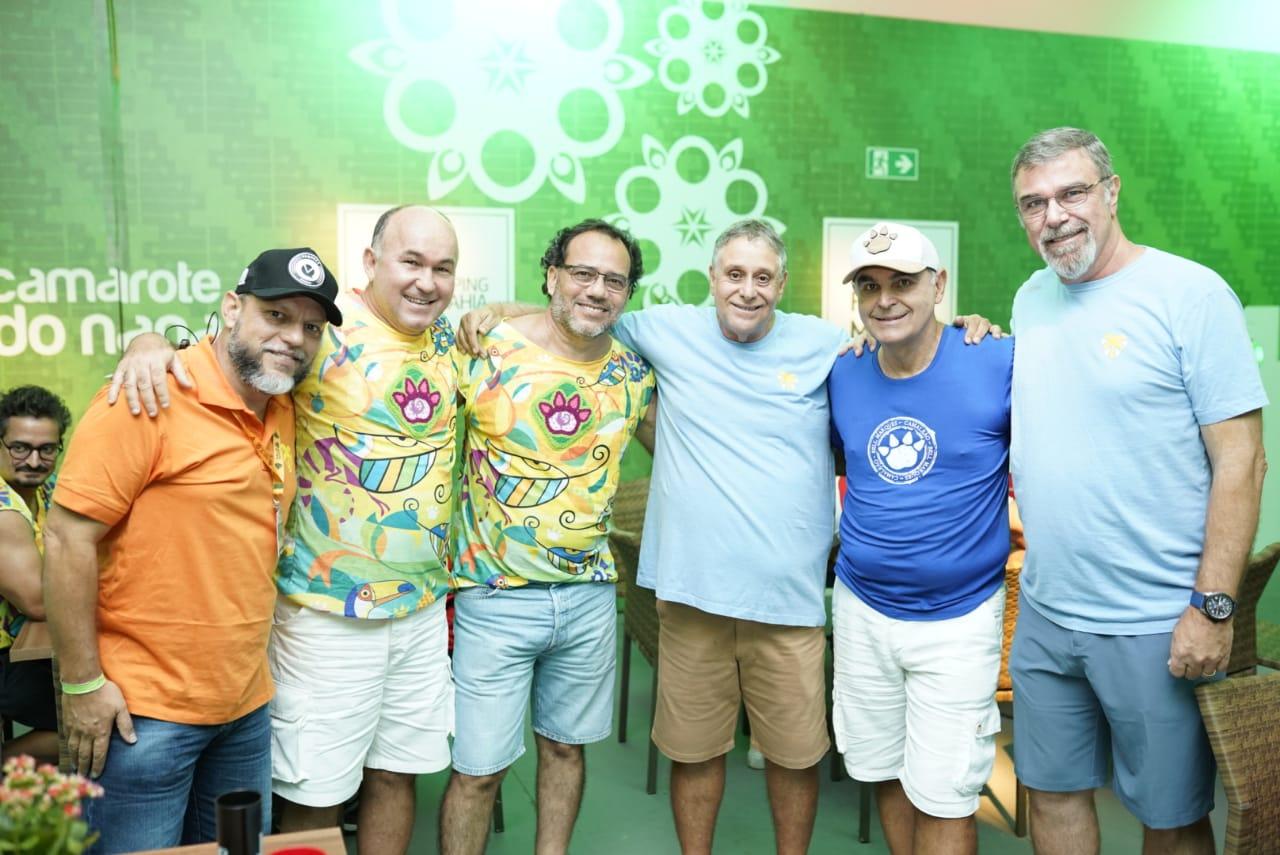 Sandro Ferreira, Quinho Nery, Tinho Albuquerque e Adolfo Nery, Marcos Barbosa e Fred Boat