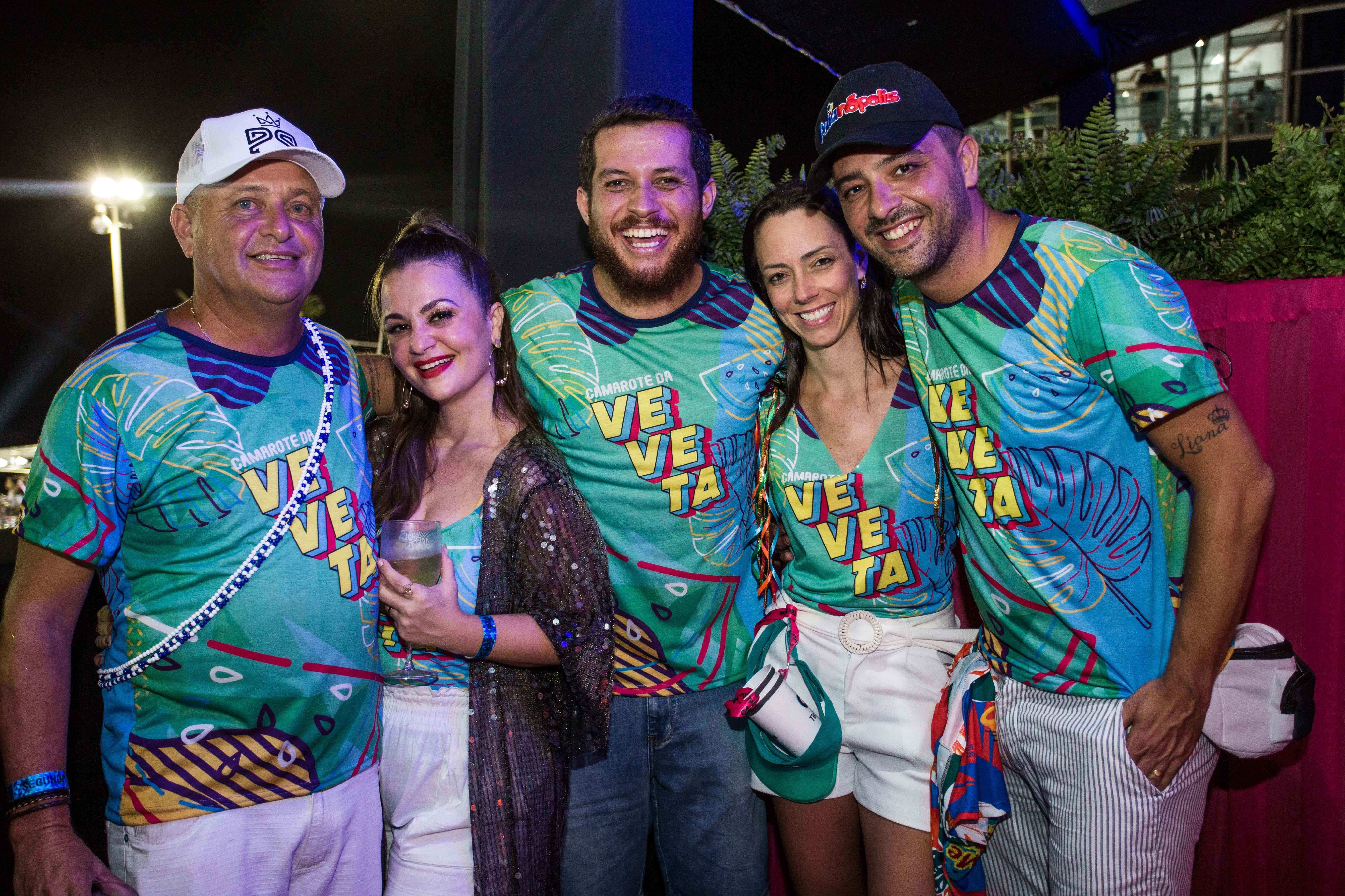 Cicero Ribeiro, Mayka Scneider, Marcelo Araujo, Tatiana e Artemio Stefansky