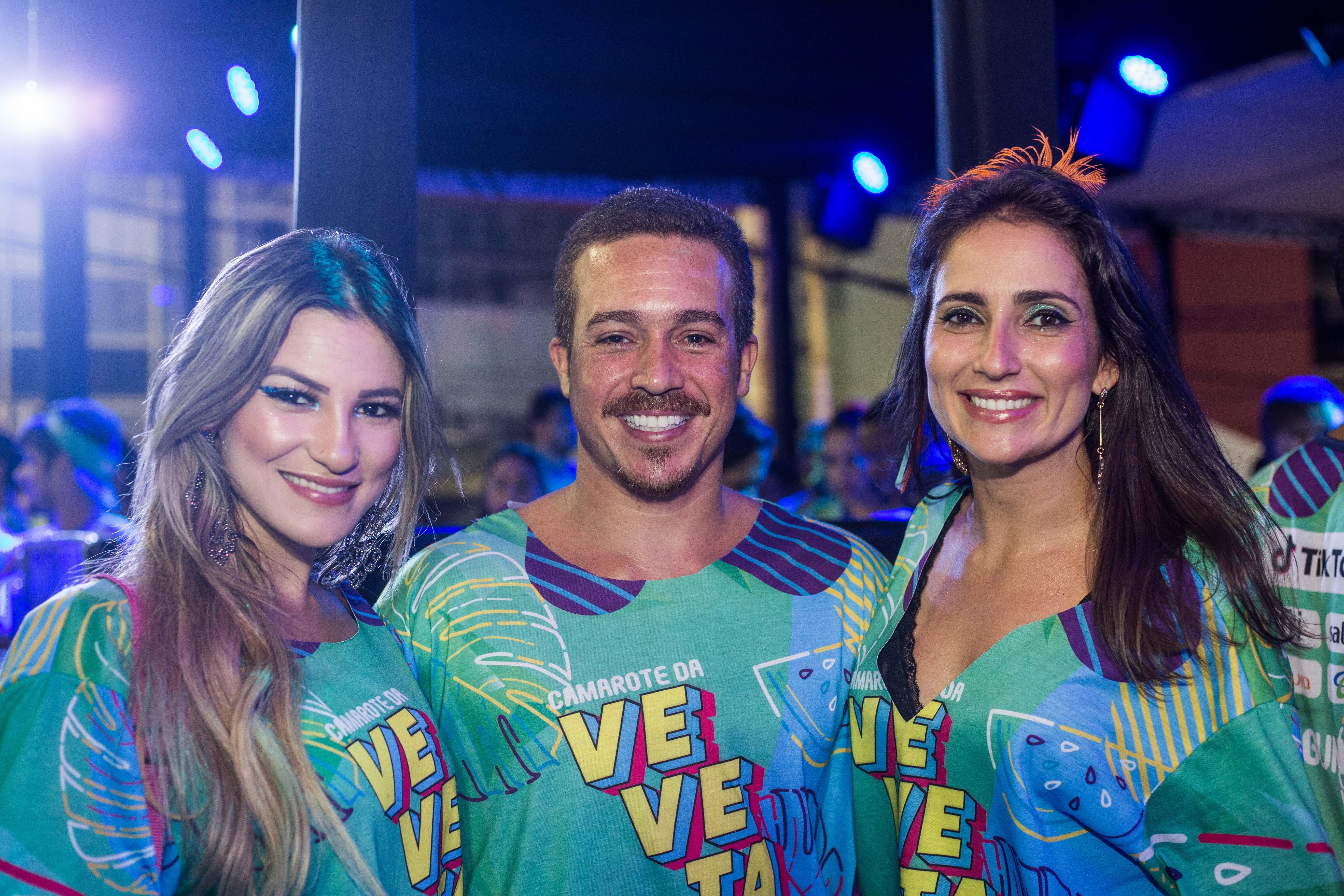 Rebeca Celes, Eduardo Neves e Marta Jones