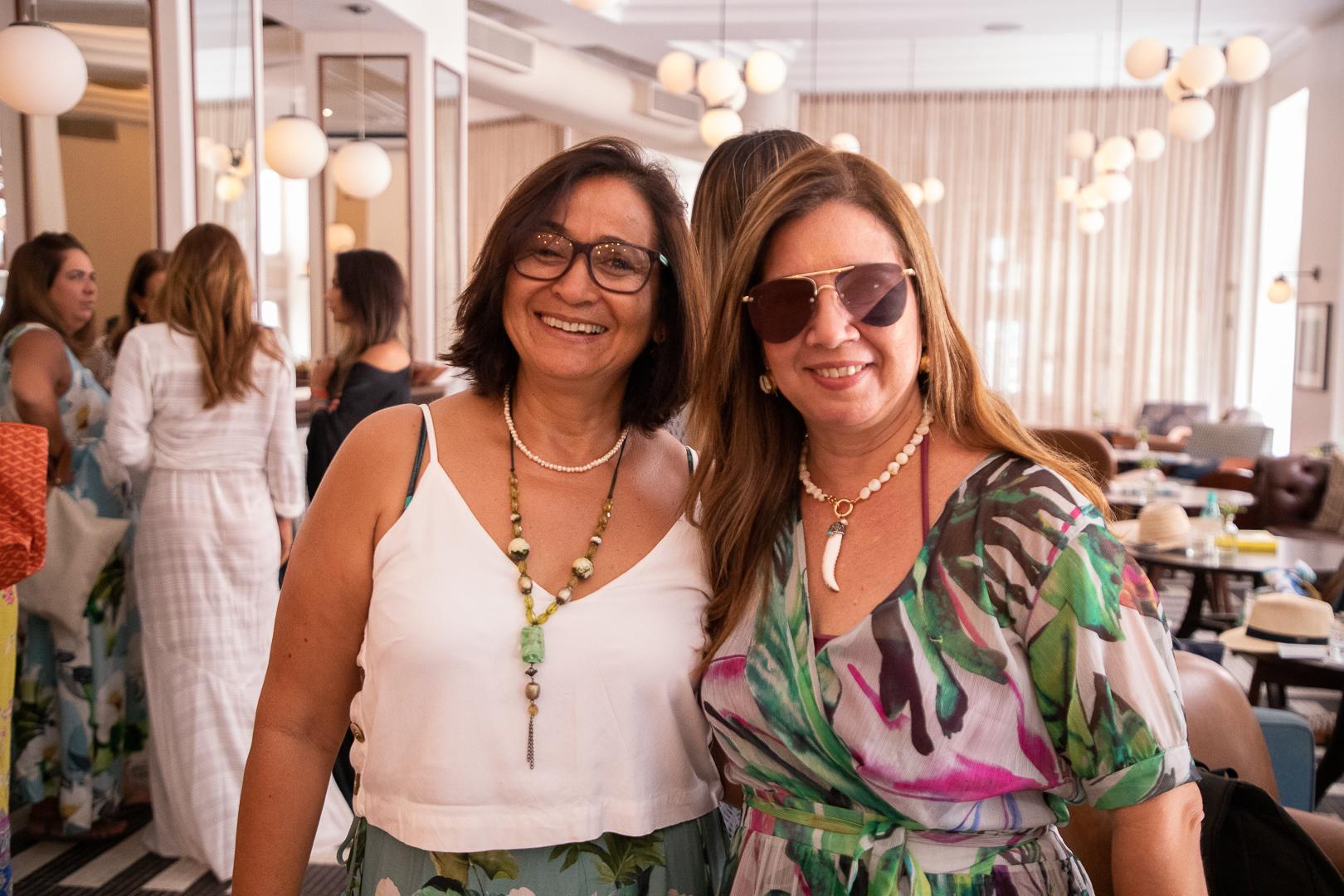 Dora Oliveira e Dinah Lins