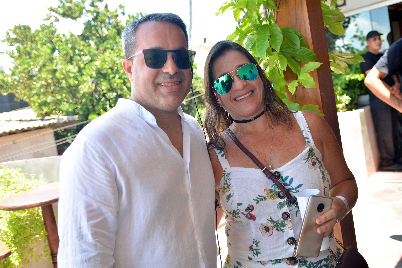 Ginno Larry e Valeska Valverde-