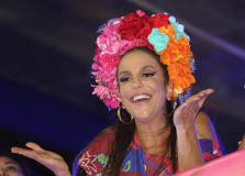 Ivete Sangalo curte últimas horas do Carnaval como foliona