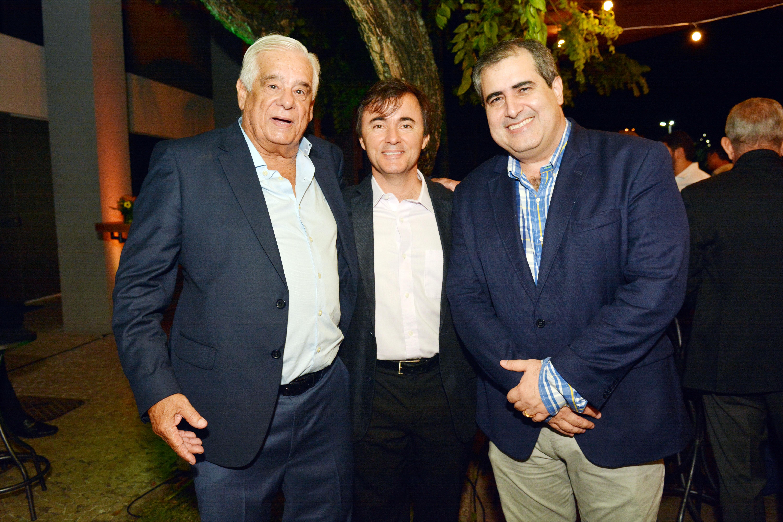 Naelson Gomes, Omar Darian e Eduardo de Sá