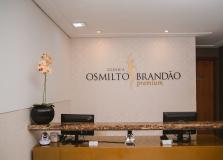 Clínica Osmilto Brandão retoma atendimento médico no Mundo Plaza