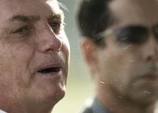 Jornalistas deixam entrevista após Bolsonaro estimular hostilidade a repórteres