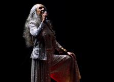 Maria Bethânia grava álbum em estúdio com músicas do show Claros Breus