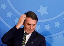 Bolsonaro anuncia novo ministro da Educação nesta sexta (10)