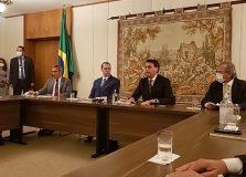 Bolsonaro leva empresários ao STF para pedir que medidas restritivas sejam amenizadas