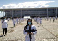 Brasil se torna o sétimo país com mais mortes por coronavírus