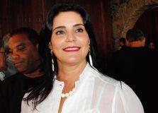 Tércia Borges está produzindo máscaras de proteção para doação