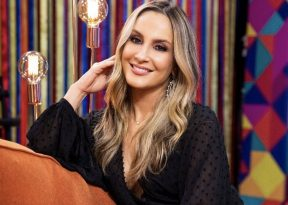 "Claudia Leitte disponibiliza o making of do clipe de seu single ""Agradece"""