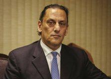 Advogados aconselham Jair Bolsonaro a afastar Frederick Wassef dos seus casos