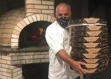 Pasta em Casa celebra Dia da Pizza com doação para hospital em Salvador