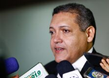 Bolsonaro indica Kassio Nunes Marques para vaga no STF