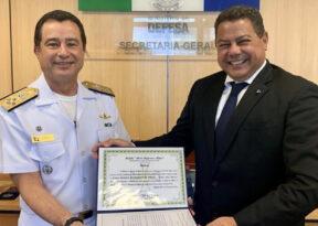 Marcelo Sacramento recebe honraria das Forças Aramadas Brasileiras