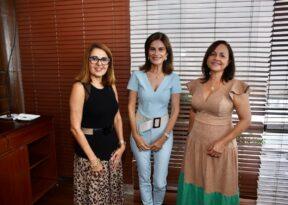 Revista ND, que traz Cristina Calumby como capa, ganhou lançamento em Salvador