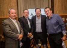 As fotos do Jantar de 01 do Anota Bahia que reuniu empresários no Restaurante Fasano