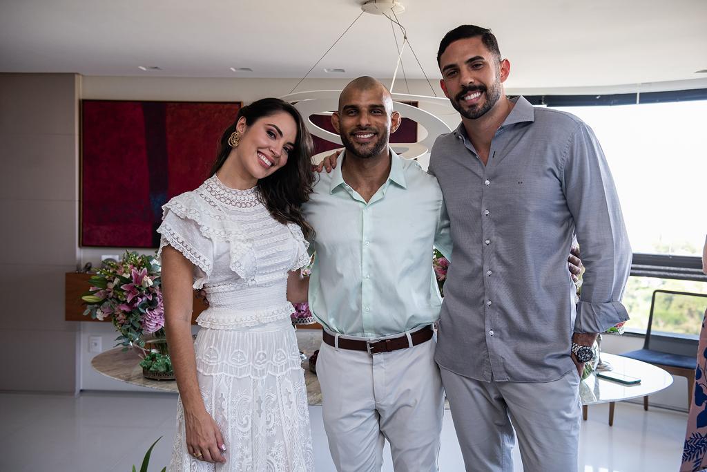 Ana Carolina Porto e Flávio Simas com Sandro Porto