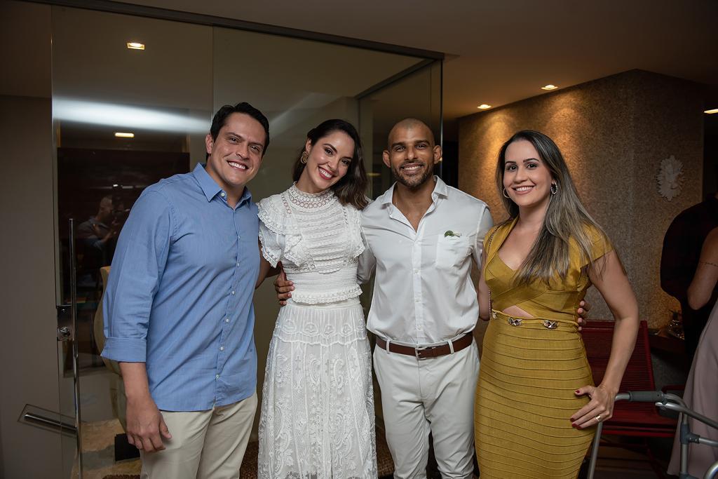 Ana Carolina Porto e Flávio Simas com Bruno e Daniela Canguçu
