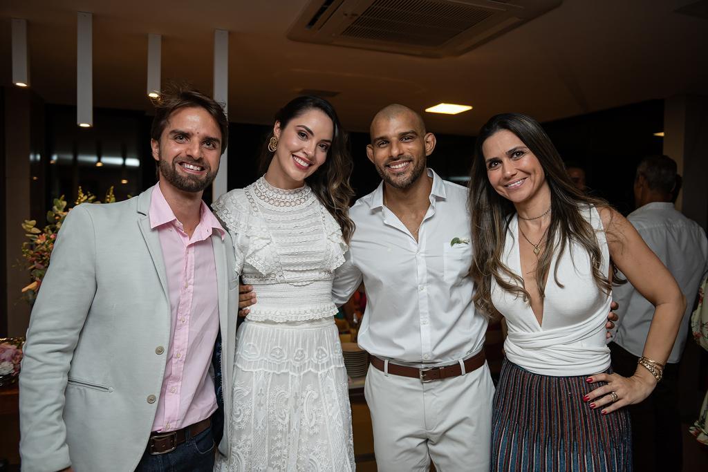 Ana Carolina Porto e Flávio Simas com Ulisses Carvalho e Karina Nolasco