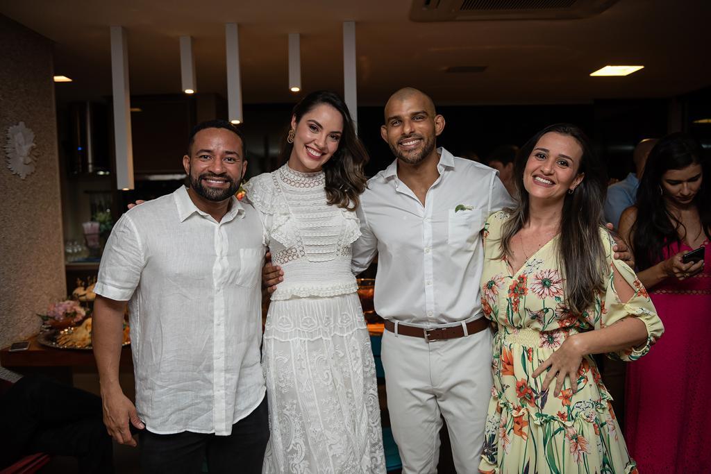 Ana Carolina Porto e Flávio Simas com Eduardo Silva e Fernanda Salviano