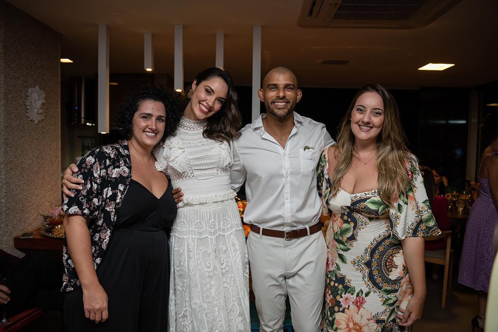 Ana Carolina Porto e Flávio Simas com Sacha Shiper e Patricia Scharf