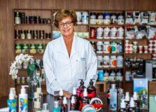 Edza Brasil fala sobre futuro da profissão de farmacêutico em evento nacional