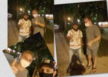 Luciano Huck janta em Trancoso e distribui pizza para agentes de trânsito