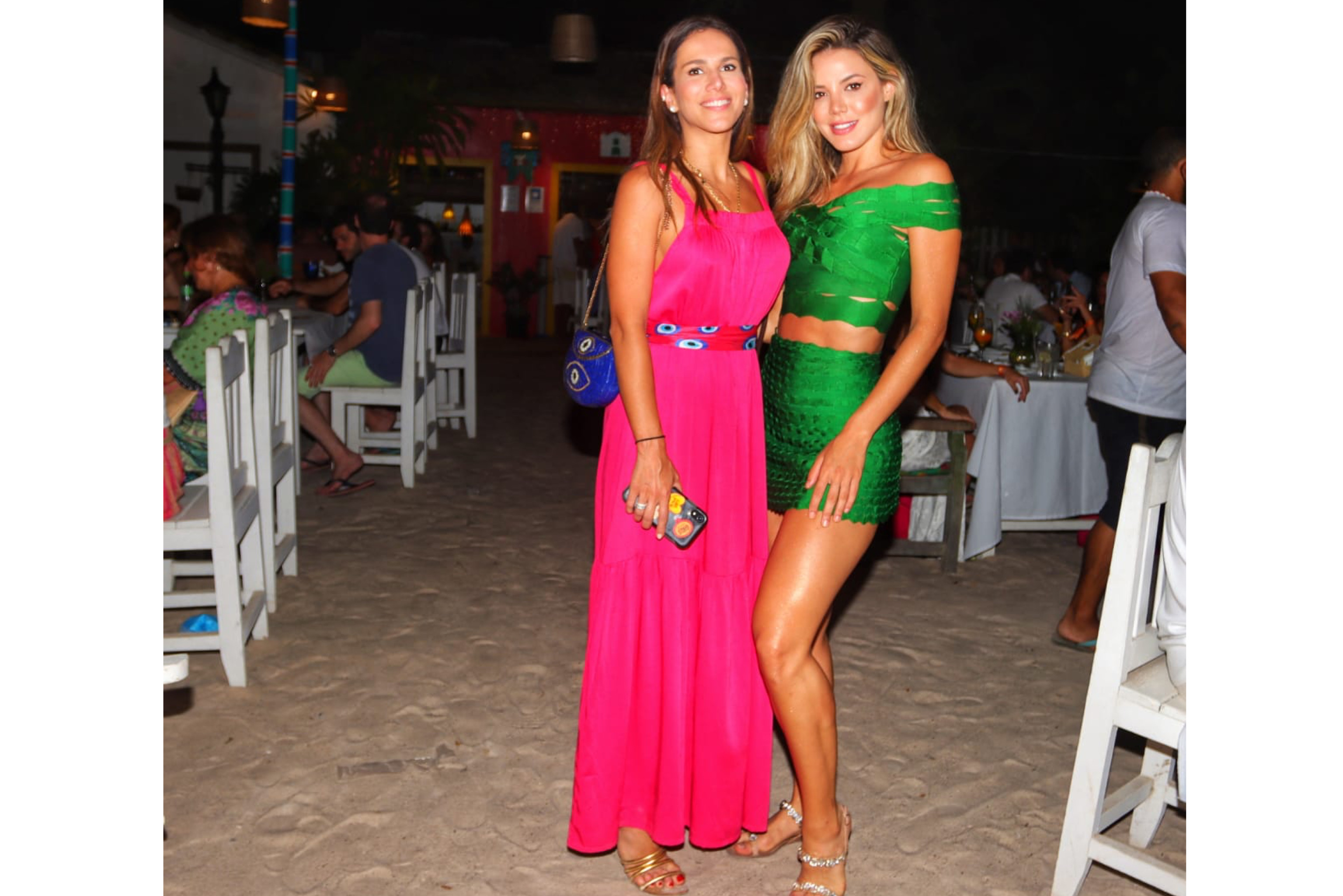 Daniela Bernades  e Carol Miarele