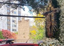 Vídeo: Imagem do Senhor do Bonfim sai em cortejo pelas ruas de Salvador