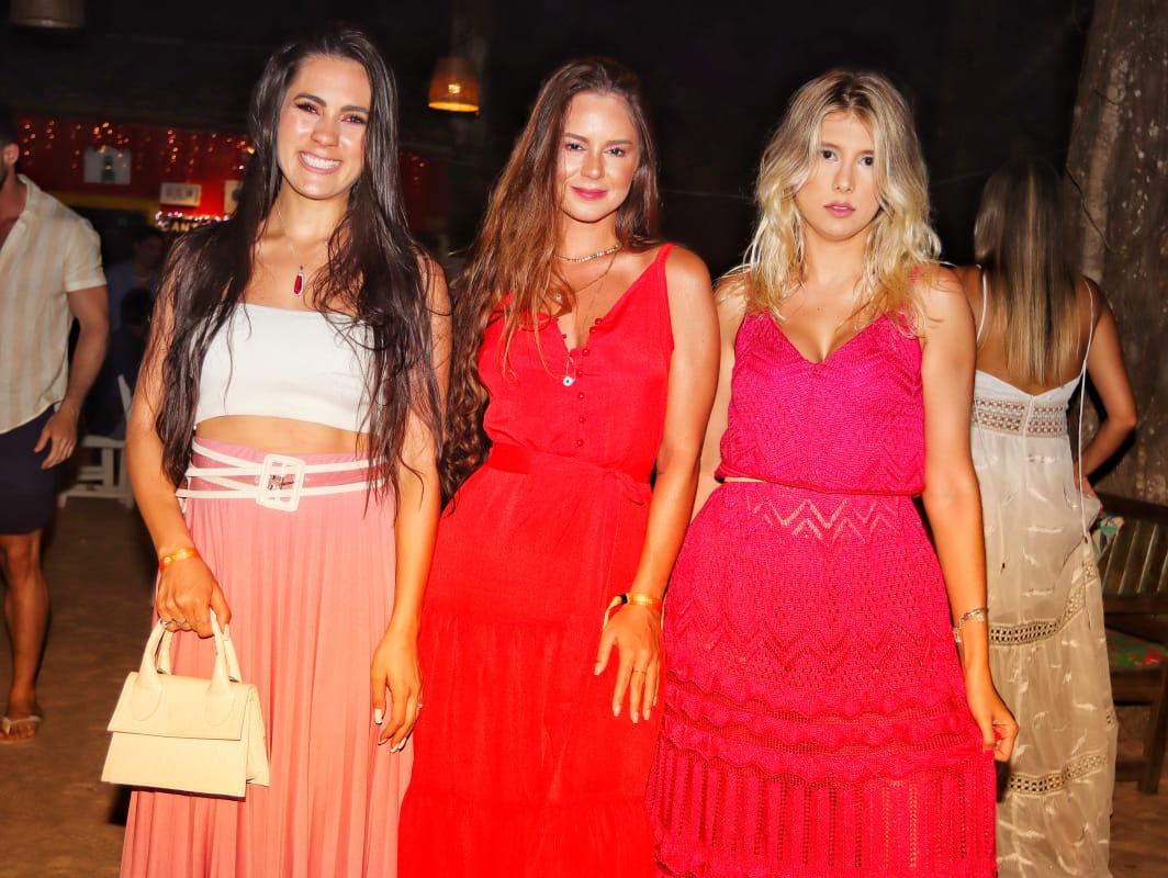 Caroline Ramalho, Amanda Riter e Tais Oliveira